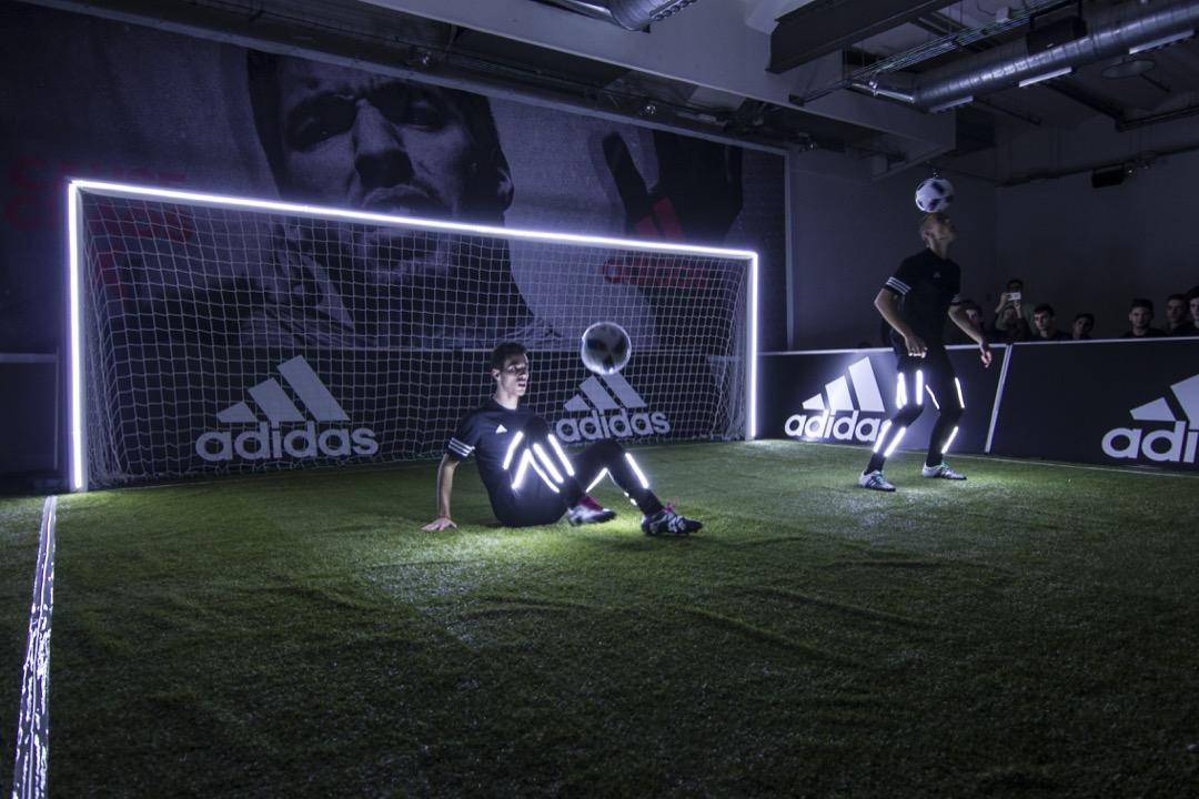 Presentación de las nuevas zapatillas de Adidas de Luis Suarez